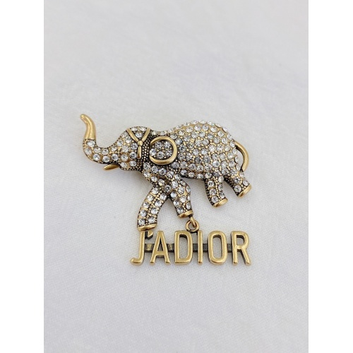 Christian Dior Brooches #838446