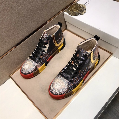 Versace High Tops Shoes For Men #838635