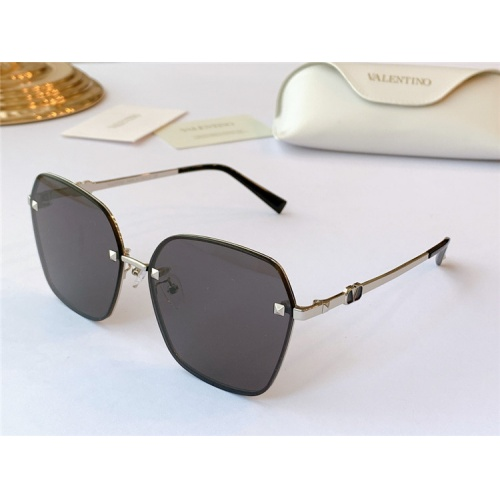 Valentino AAA Quality Sunglasses #839173