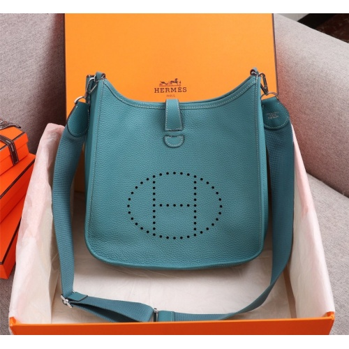 Hermes AAA Quality Messenger Bags For Women #839382