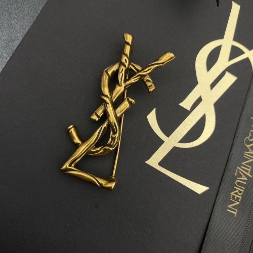 Yves Saint Laurent Brooches #839400