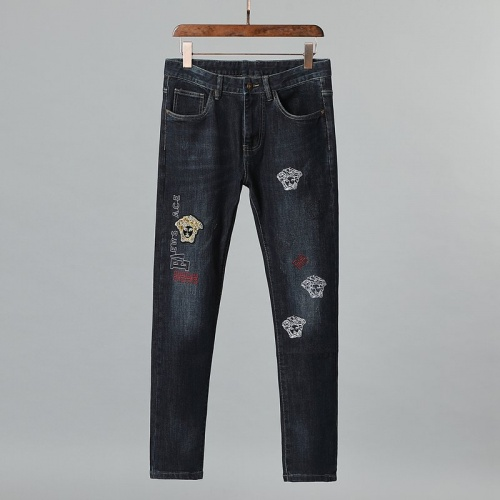 Versace Jeans For Men #839420