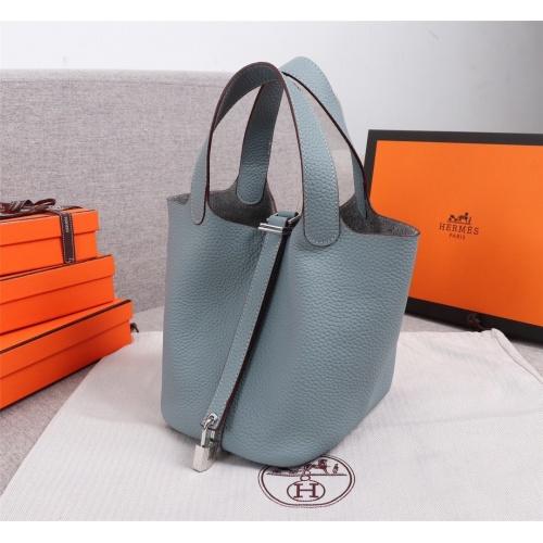 Hermes AAA Quality Handbags For Women #839524