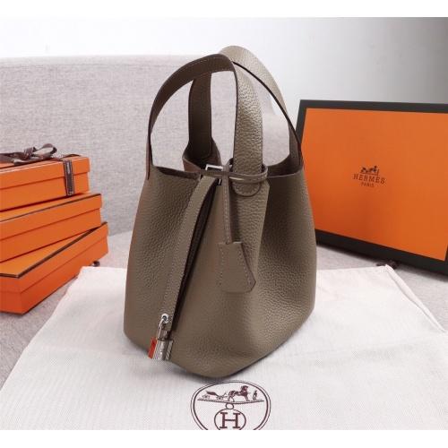 Hermes AAA Quality Handbags For Women #839525