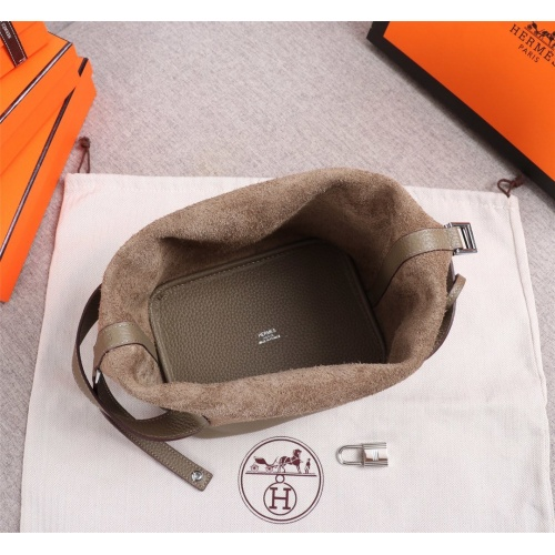Replica Hermes AAA Quality Handbags For Women #839525 $102.00 USD for Wholesale