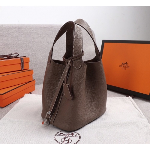 Hermes AAA Quality Handbags For Women #839526