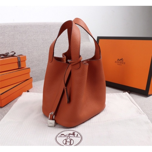 Hermes AAA Quality Handbags For Women #839528
