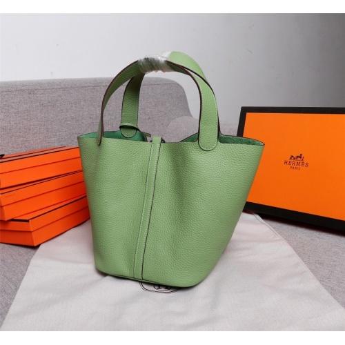 Hermes AAA Quality Handbags For Women #839530