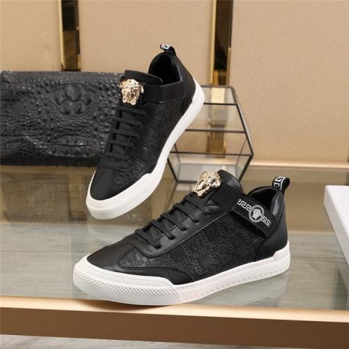 Versace Casual Shoes For Men #839572 $82.00 USD, Wholesale Replica Versace Casual Shoes
