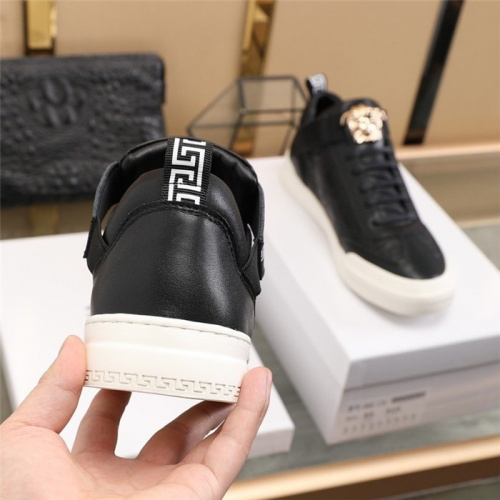 Replica Versace Casual Shoes For Men #839572 $82.00 USD for Wholesale