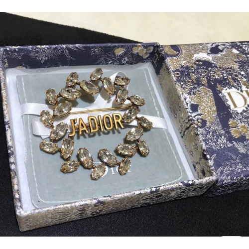 Christian Dior Brooches #839748