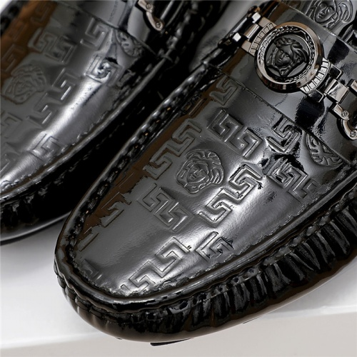 Replica Versace Casual Shoes For Men #839922 $68.00 USD for Wholesale