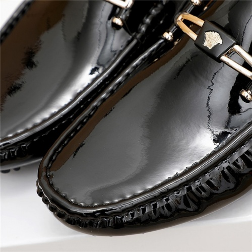 Replica Versace Casual Shoes For Men #839923 $68.00 USD for Wholesale