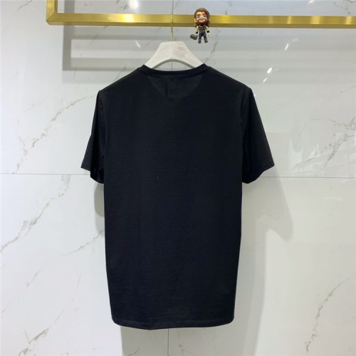 Replica Versace T-Shirts Short Sleeved For Men #839950 $41.00 USD for Wholesale