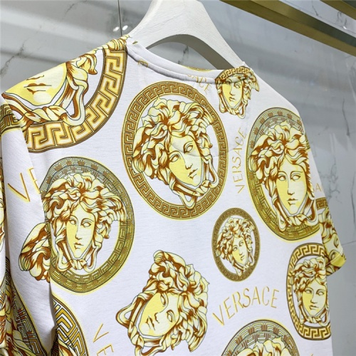 Replica Versace T-Shirts Short Sleeved For Men #839952 $41.00 USD for Wholesale
