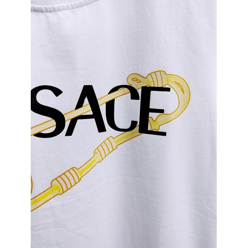 Replica Versace T-Shirts Short Sleeved For Men #839972 $26.00 USD for Wholesale