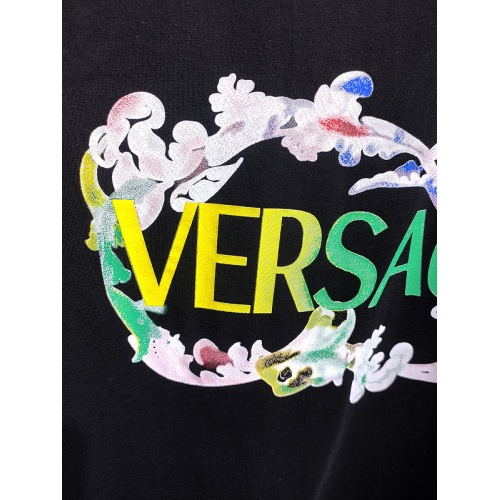 Replica Versace T-Shirts Short Sleeved For Men #839976 $26.00 USD for Wholesale