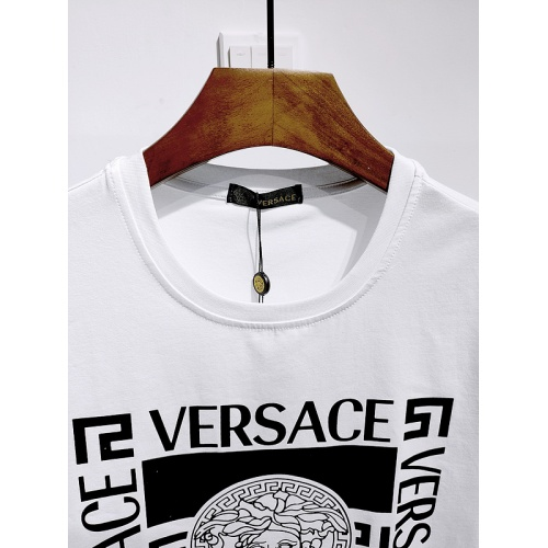 Replica Versace T-Shirts Short Sleeved For Men #839989 $26.00 USD for Wholesale
