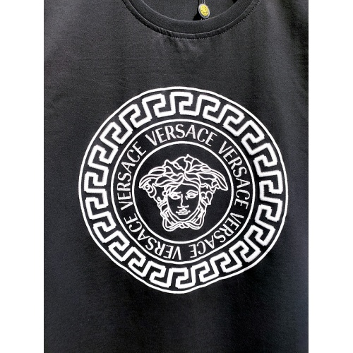 Replica Versace T-Shirts Short Sleeved For Men #840000 $26.00 USD for Wholesale