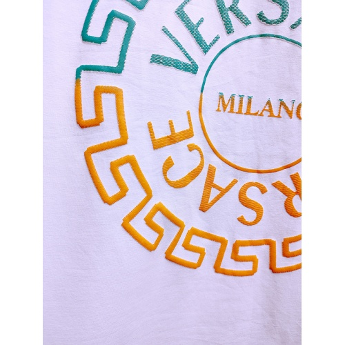 Replica Versace T-Shirts Short Sleeved For Men #840002 $26.00 USD for Wholesale