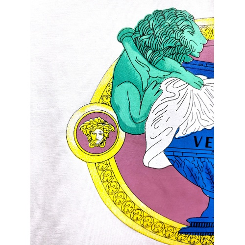 Replica Versace T-Shirts Short Sleeved For Men #840009 $26.00 USD for Wholesale