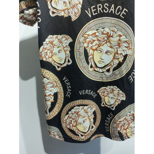 Replica Versace T-Shirts Short Sleeved For Men #840023 $30.00 USD for Wholesale