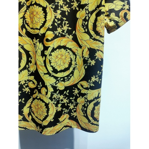 Replica Versace T-Shirts Short Sleeved For Men #840024 $30.00 USD for Wholesale