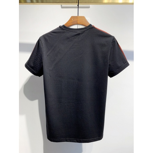 Replica Dsquared T-Shirts Short Sleeved For Men #840089 $26.00 USD for Wholesale