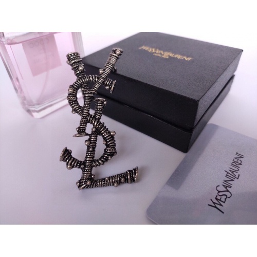 Yves Saint Laurent Brooches #840373
