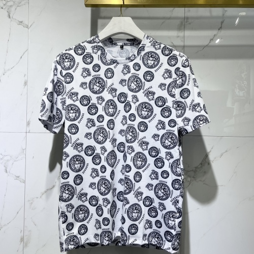 Versace T-Shirts Short Sleeved For Men #840477 $41.00, Wholesale Replica Versace T-Shirts