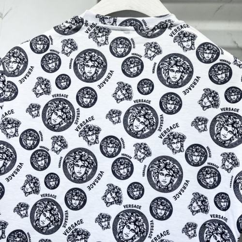 Replica Versace T-Shirts Short Sleeved For Men #840477 $41.00 USD for Wholesale