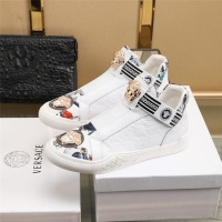 $82.00 USD Versace Casual Shoes For Men #839571