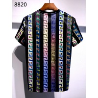 $30.00 USD Versace T-Shirts Short Sleeved For Men #839957