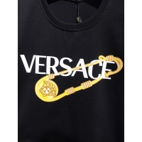 $26.00 USD Versace T-Shirts Short Sleeved For Men #839973