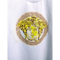 $26.00 USD Versace T-Shirts Short Sleeved For Men #839992
