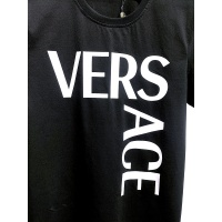 $26.00 USD Versace T-Shirts Short Sleeved For Men #839994
