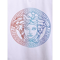$26.00 USD Versace T-Shirts Short Sleeved For Men #839996