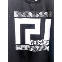 $26.00 USD Versace T-Shirts Short Sleeved For Men #839998
