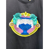 $26.00 USD Versace T-Shirts Short Sleeved For Men #840008