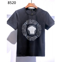 $26.00 USD Versace T-Shirts Short Sleeved For Men #840011