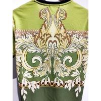 $30.00 USD Versace T-Shirts Short Sleeved For Men #840017