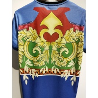 $30.00 USD Versace T-Shirts Short Sleeved For Men #840019