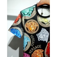 $30.00 USD Versace T-Shirts Short Sleeved For Men #840021