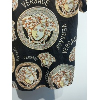 $30.00 USD Versace T-Shirts Short Sleeved For Men #840023