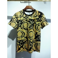$30.00 USD Versace T-Shirts Short Sleeved For Men #840024