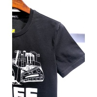$28.00 USD Off-White T-Shirts Short Sleeved For Men #840112
