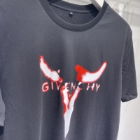 $41.00 USD Givenchy T-Shirts Short Sleeved For Men #840472
