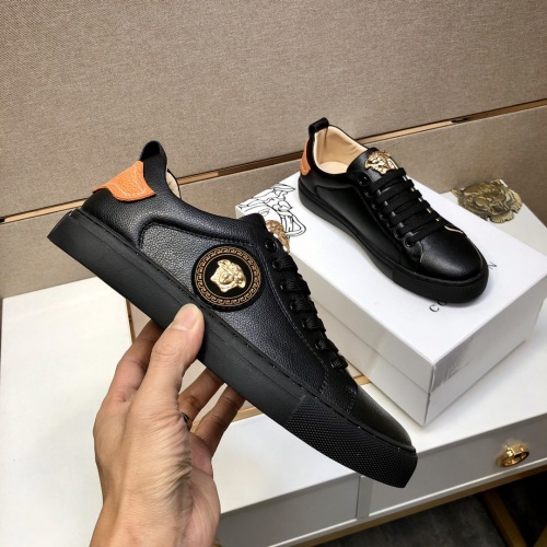 Replica Versace Casual Shoes For Men #841485 $76.00 USD for Wholesale