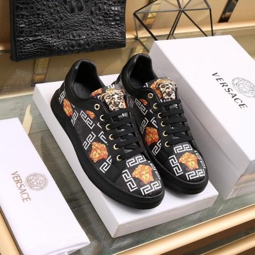 Versace Casual Shoes For Men #841916 $85.00 USD, Wholesale Replica Versace Casual Shoes