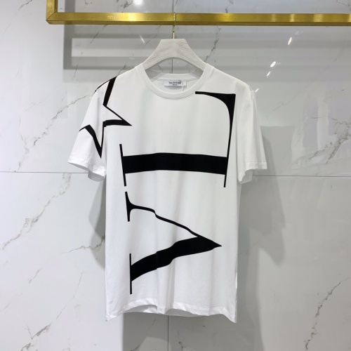Valentino T-Shirts Short Sleeved For Men #842032